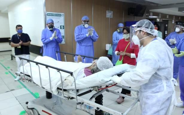 Hortensia, de 65 años, vence al COVID-19 con protocolo experimental de plasma