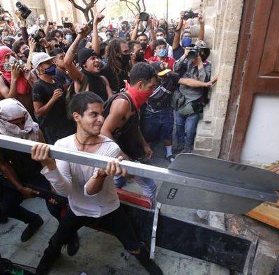 """""""Justicia para Giovanni"""", el clamor que desata disturbios y conmociona al país"""