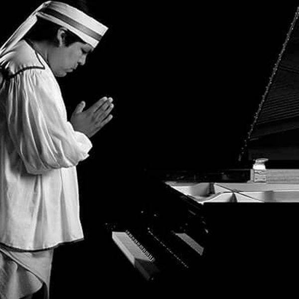 Rinden homenaje a Romeyno, primer pianista rarámuri